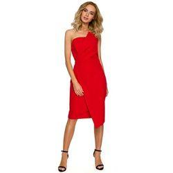 a817e65d9b Czerwona wieczorowa asymetryczna sukienka z odkrytymi ramionami marki Moe
