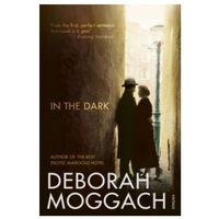 Książki do nauki języka, In the Dark (opr. miękka)