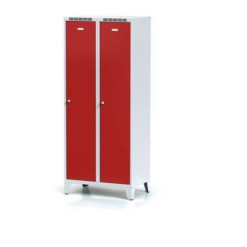 Szafki do przebieralni, Metalowa szafka ubraniowa z przegrodą, na nogach, czerwone drzwi, zamek obrotowy