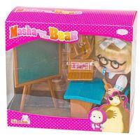 Pozostałe zabawki, Masza w szkolnym stroju przy tablicy