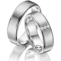 Srebrne Obrączki Ślubne - komplet. Z trzema cyrkoniami i wąskimi diamentowanymi rowkami dookoła