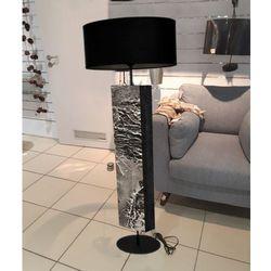 Metaliczne wgłębienia - modna lampa podłogowa w stylu eklektycznym rabat 40%