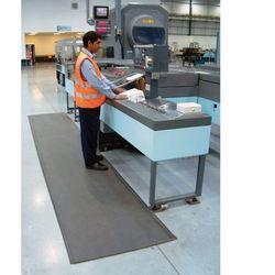 Mata piankowa z utwardzaną powierzchnią PVC, szerokość 120 cm, 5m rolka