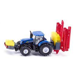 Traktor new holland z opryskiwaczem