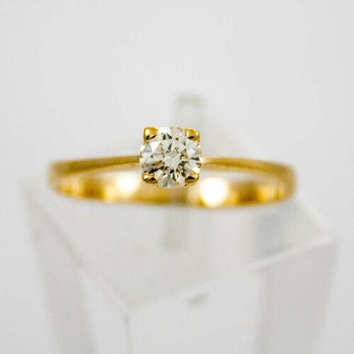 Pierścionki i obrączki, Złoty pierścionek z diamentem P1555