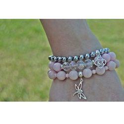 Bransoletki z różowych kamieni ze srebrną ważką