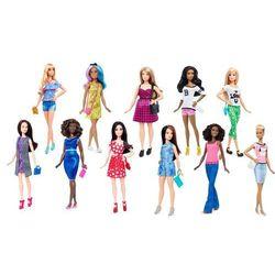 Lalka MATTEL DTD96 Barbie Fashionistas z ubrankami