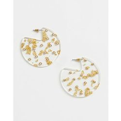 ASOS DESIGN disc earrings in trapped resin with pearl detail in gold - Gold
